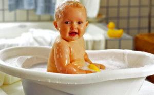 mozhno li kupat rebenka s nasmorkom