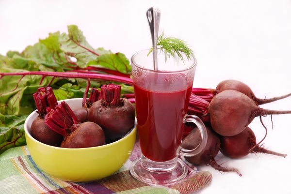 Самые эффективные рецепты от насморка со свекольным соком