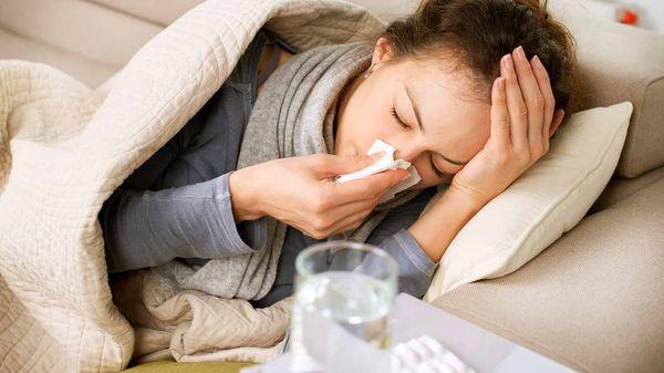 Чем можно промывать нос для быстрого лечения насморка дома