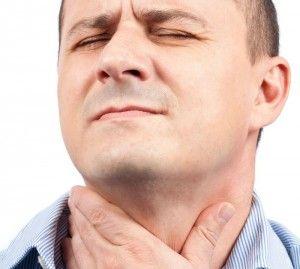 Симптомы, сопровождающие зуд в горле