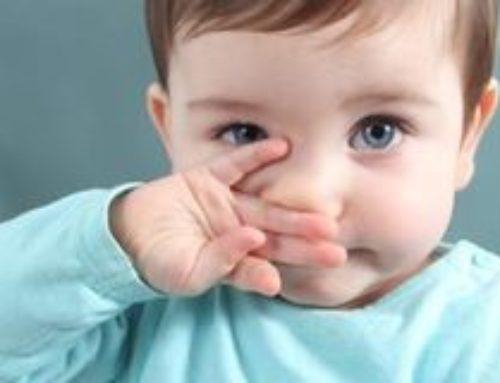 Ребенку месяц, хрюкает носом, но соплей нет – причины, что делать
