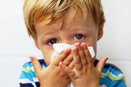 У ребенка температура сопли 4 день